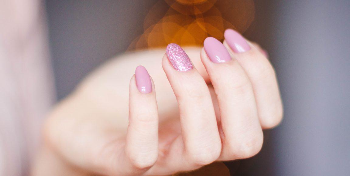 Manicure – poznaj 3 najpopularniejsze rodzaje