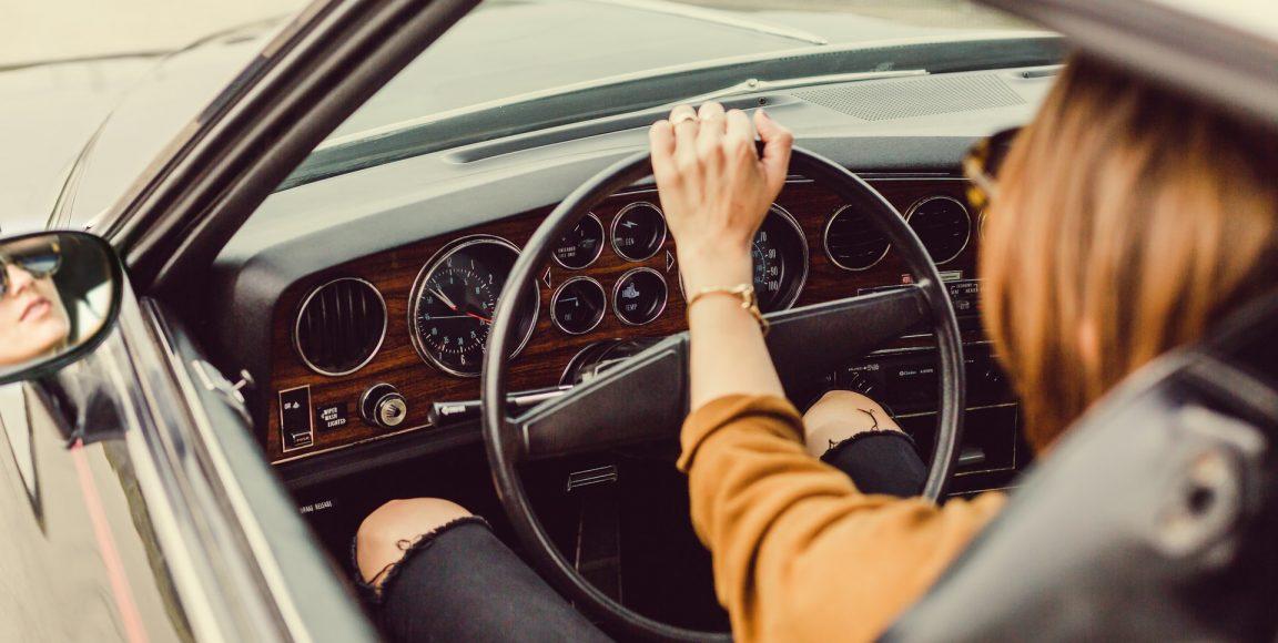 Wypożyczalnia samochodów – jak wybrać się wkomfortową podróż?